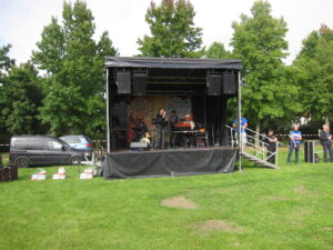 Abschlusskundgebung mit Picknick im Seepark Lünen